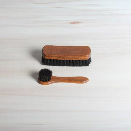 Polish applicator and shine brush, 100% horsehair, dark